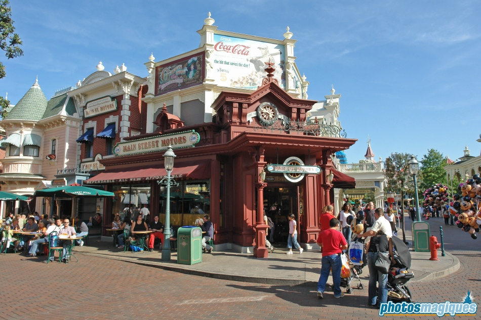 Connaissez vous bien Disneyland Paris? - Page 25 Dsc001421