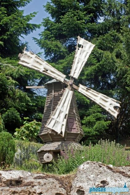 Le Pays des Contes de Fées - The Old Mill