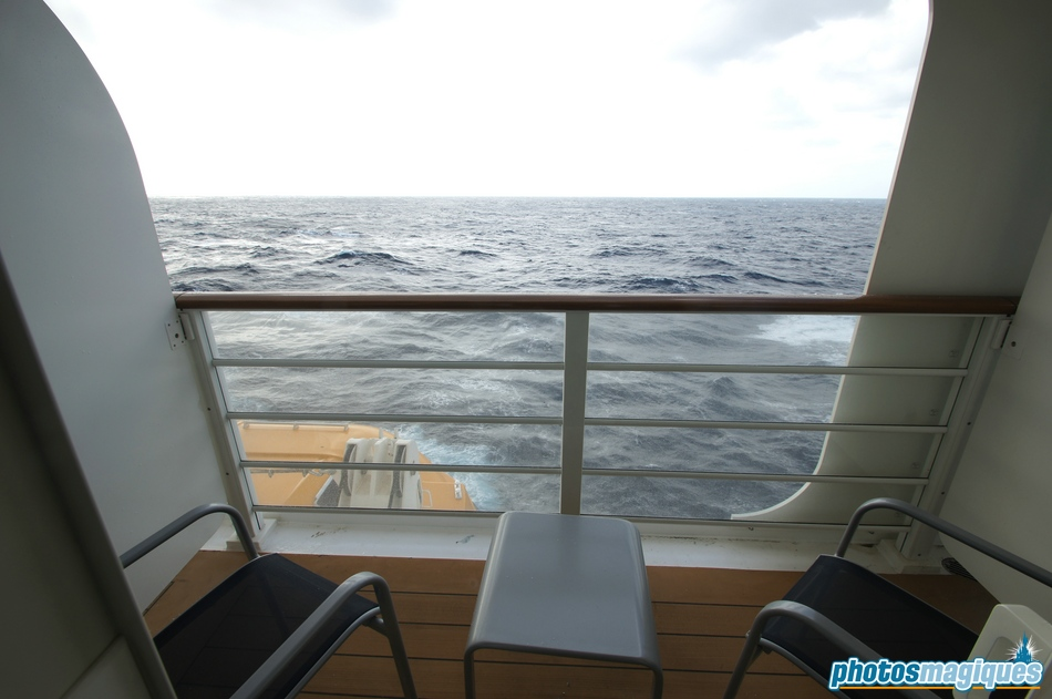 Deluxe Family Oceanview Stateroom With Verandah Photos