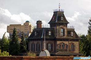 Phantom Manor meets Tower of Terror