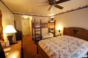 Disney's Hotel Cheyenne standard room