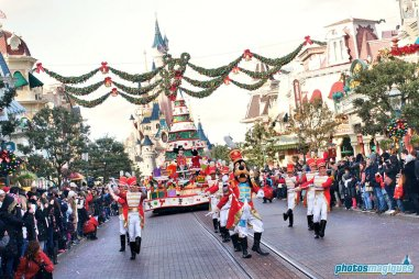 The Christmas Cavalcade