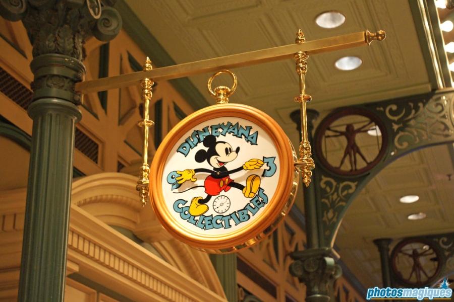Disneyana Collectibles