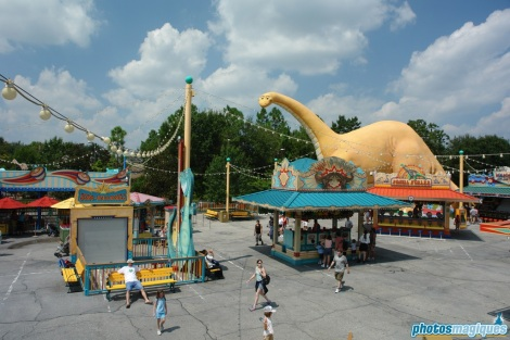 Chester and Hester's Dino-Rama