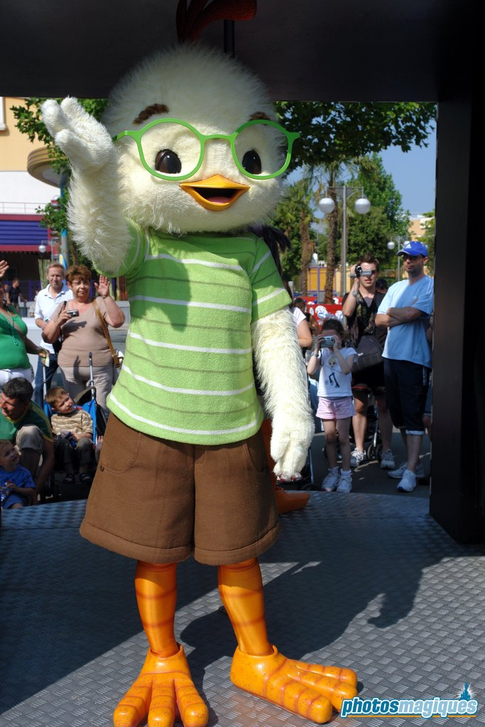 Chicken Little in Disney Cinema Parade