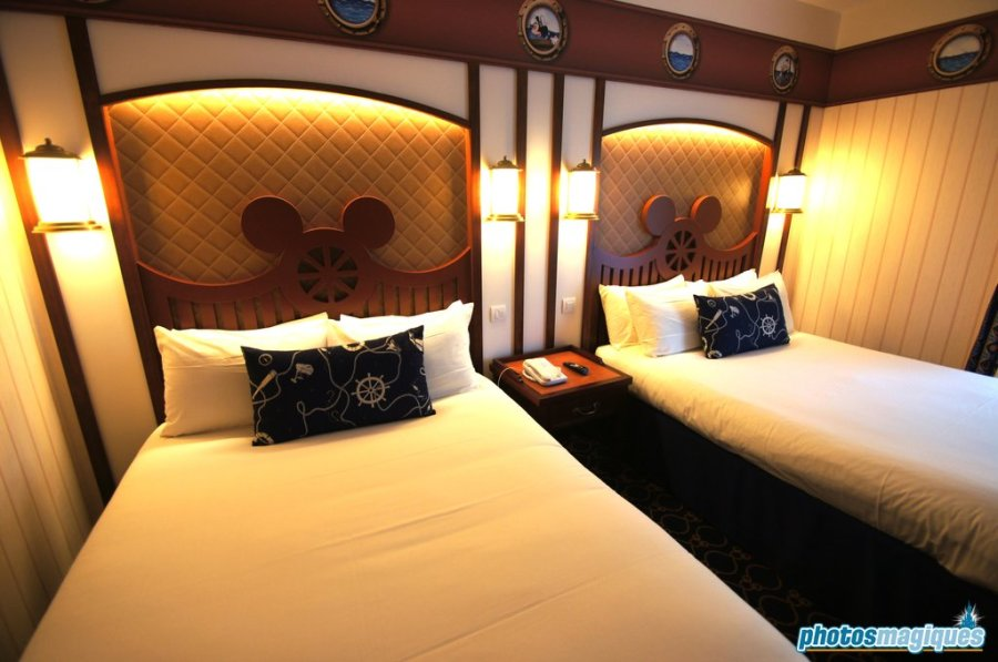Disney's Newport Bay Club executive room