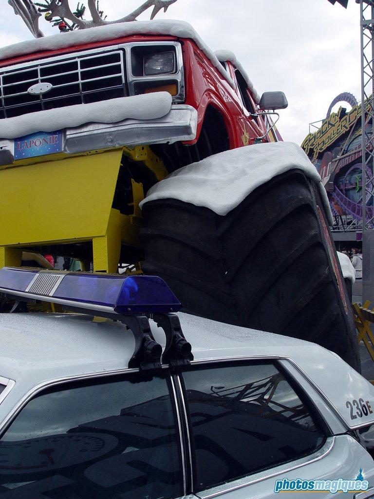 Santa's Monster Truck (2004)