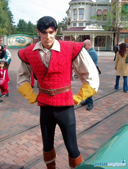 Gaston (2003)
