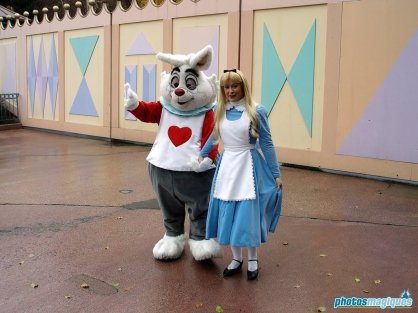White Rabbit, Alice