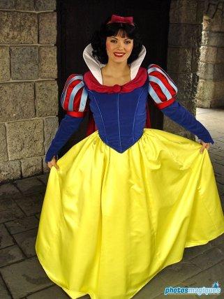 Snow White (2004)
