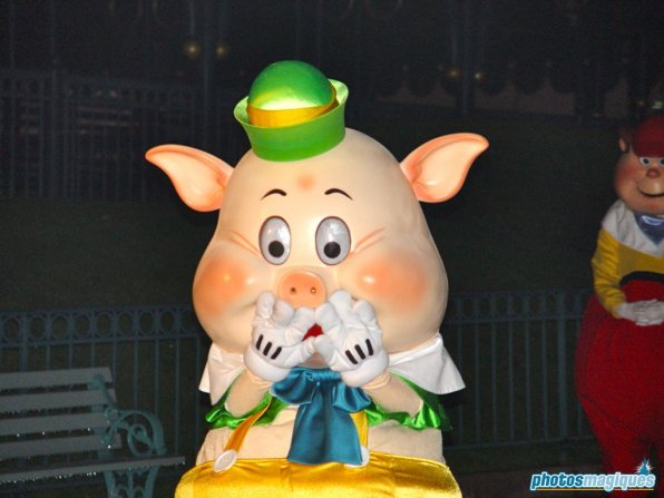 Fifer Pig (2004)