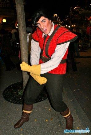 Gaston (2008)