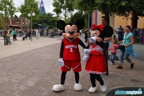 Mickey Mouse, Minnie Mouse (2009)