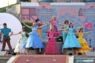 Aurora, Cinderella, Ariel, Rapunzel, Tiana, Belle, Jasmine, Flynn Rider (2011)