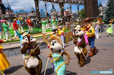 Clarice, Chip, Dale, Woody