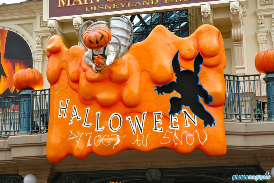 Top 5 ugliest Halloween decorations