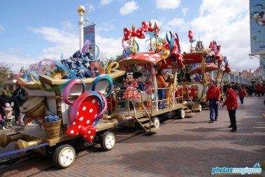 Minnie's Party Train
