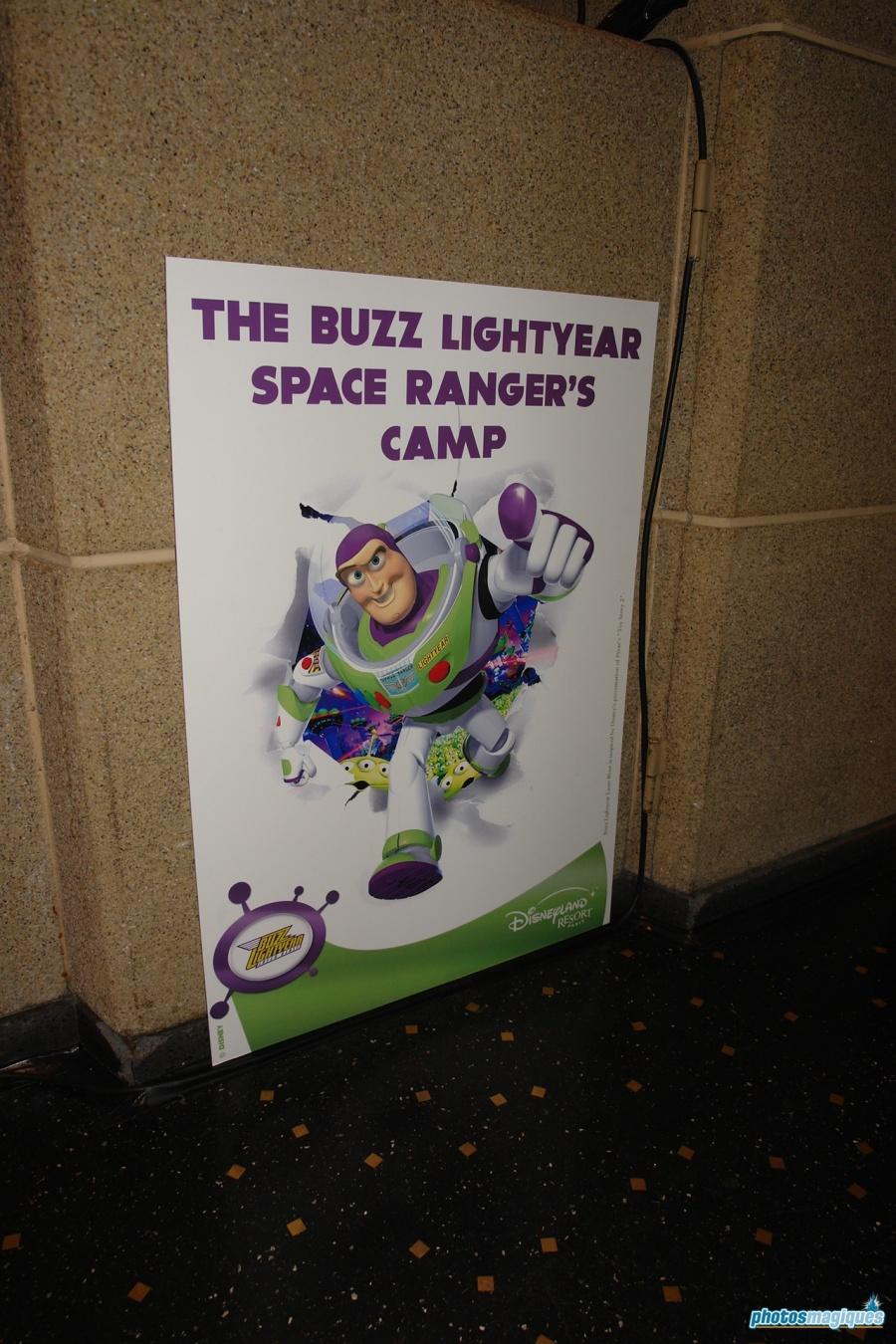 buzz-lightyear-opening-016